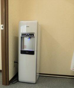 定額制のウォーターサーバ。工場・オフィスの熱中症対策に。定額制のウォーターサーバ